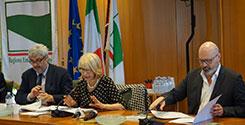 file/ELEMENTO_NEWSLETTER/16650/Bonaccini-_StefanopresentaReporta5anni_180517.jpg