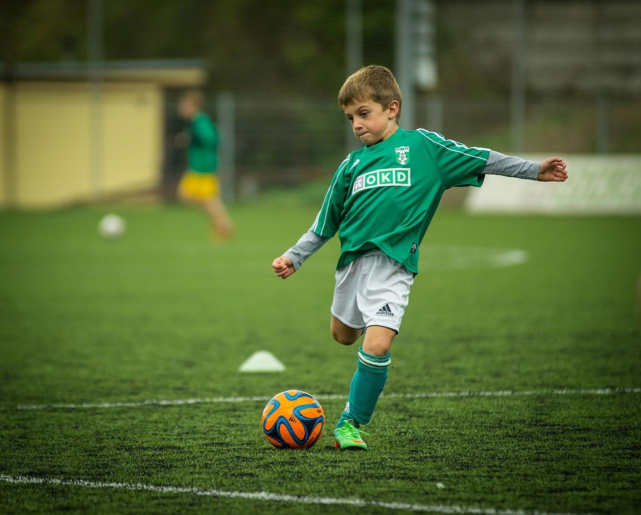 file/ELEMENTO_NEWSLETTER/20116/Sport_calcio_bambino_child-613199_1280.jpg