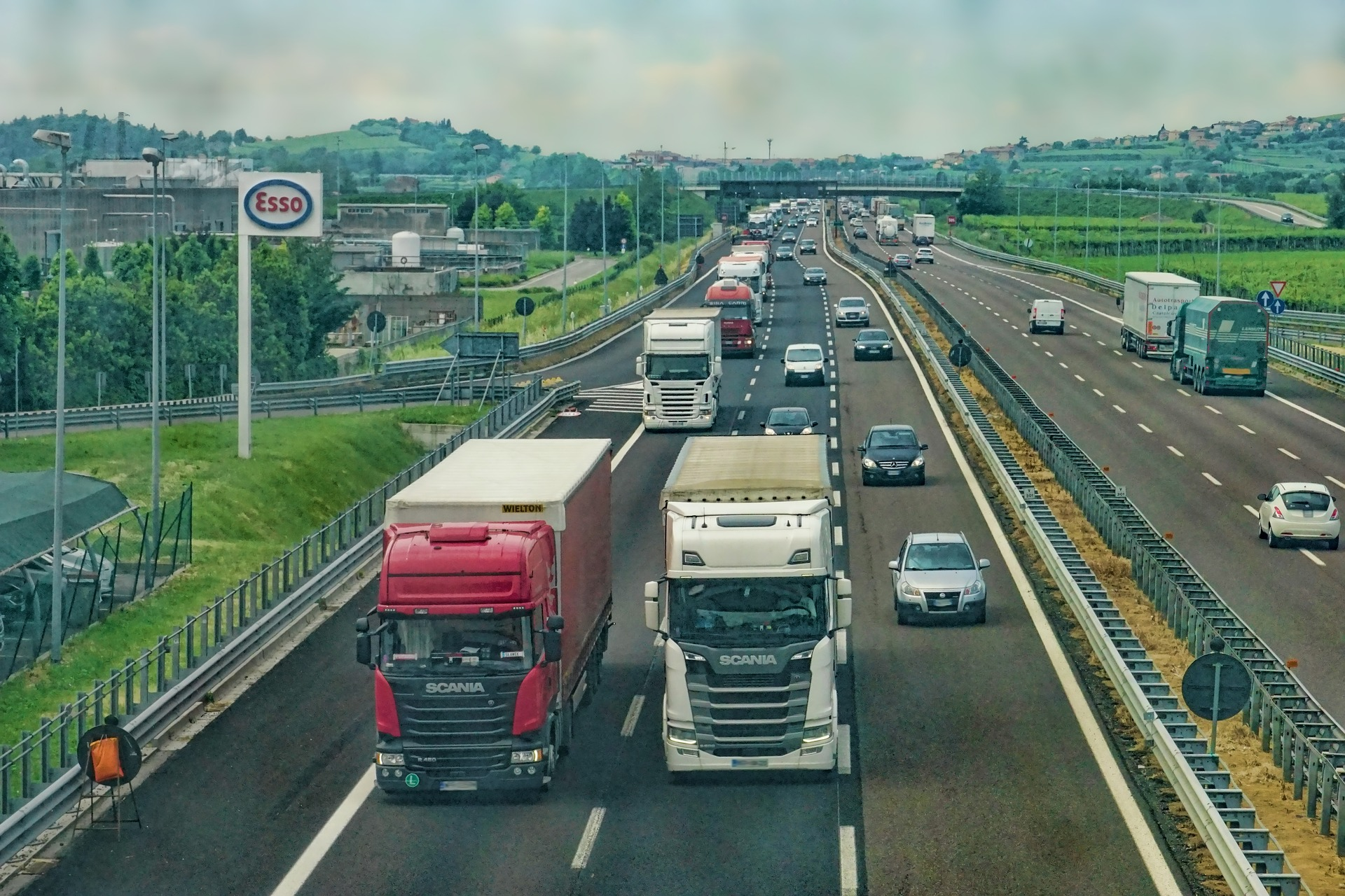 file/ELEMENTO_NEWSLETTER/20386/Autostrade_highway-3392100_1920.jpg